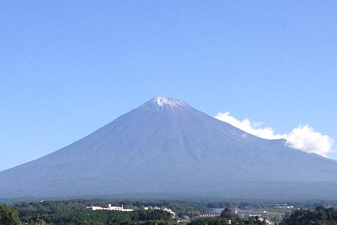 「ライオンズエクスプレス」から眺める富士山 その2