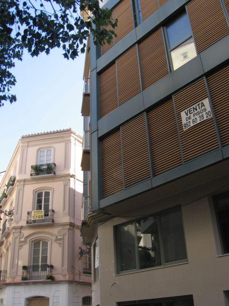 Arquitectura contempor nea en el centro hist rico de for Plaza uncibay