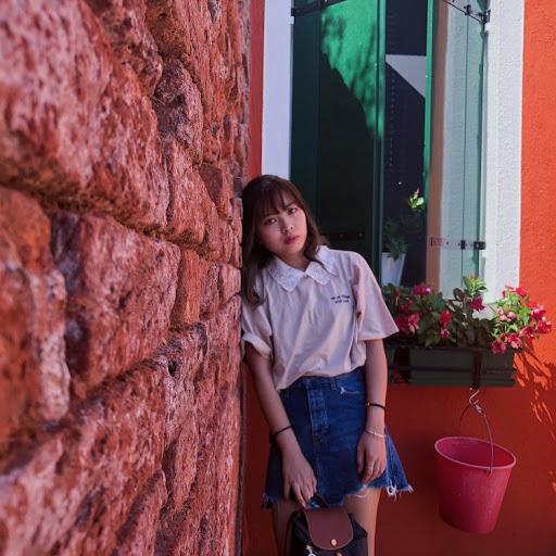 Michelle Tsang Photo 23