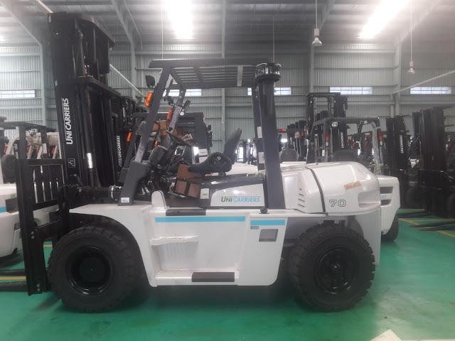 Xe nâng 7 tấn Unicarriers Nhật Bản