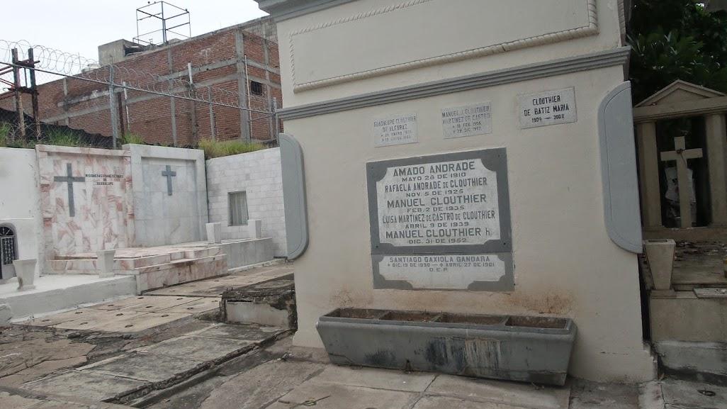 Image result for imágenes del panteón san Juan en Culiacán