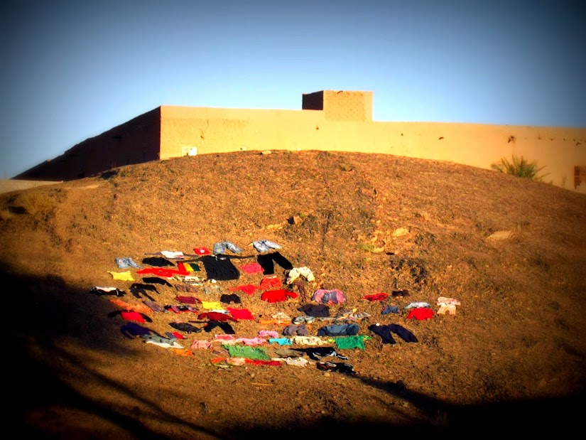 Marrocos e Mauritãnia a Queimar Pneu e Gasolina - Página 12 DSCF1393