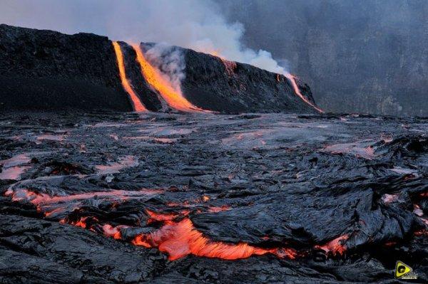 استكشافية لبركان نيراجونجو افريقيا 17.jpg