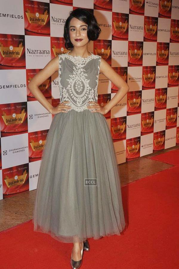 Amrita Rao during the 10th Annual Gemfields and Nazraana Retail Jeweller India Awards, 2014, in Mumbai, on July 19, 2014. (Pic: Viral Bhayani)
