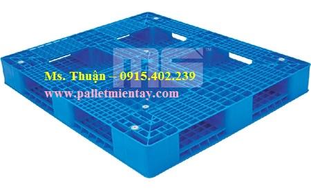 Pallet nhựa Malaysia 1300 x 1100 mm