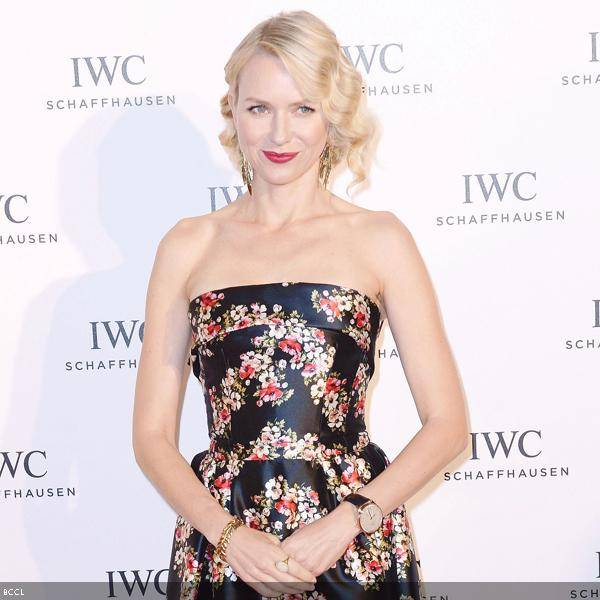 Naomi Watts is 52nd on the list of sexiest women alive. In a recent interview, the 21 Grams star revealed that she wants to age gracefully as she is afraid that plastic surgery will make her look 'freakish' and ruin her ability to show emotion on screen.
