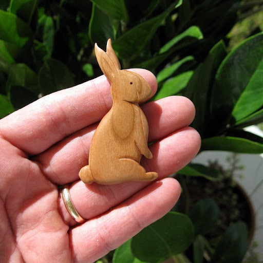 Идеи Rabbit-cherry-wood-2