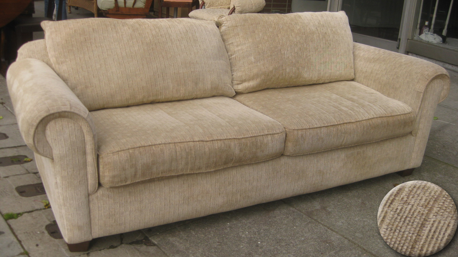 Bon SOLD   Soft Sofa   $80