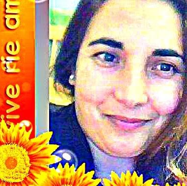 Lorena Caballero Photo 19