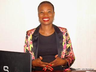 Conceptrice des robots régulateurs  de la circulation routière à Kinshasa. Radio Okapi/Ph. Emmanuel Imbanda