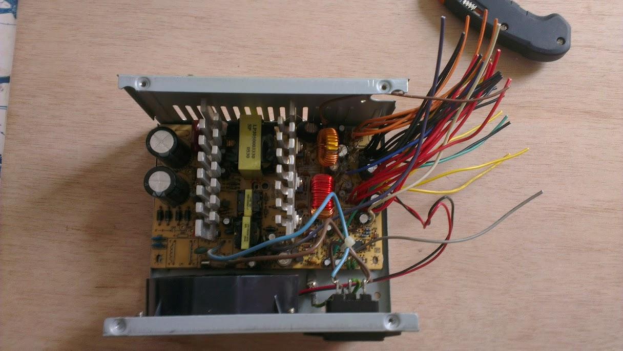 Alimentation 12v stabilisé avec une alimentation de PC IMAG0319
