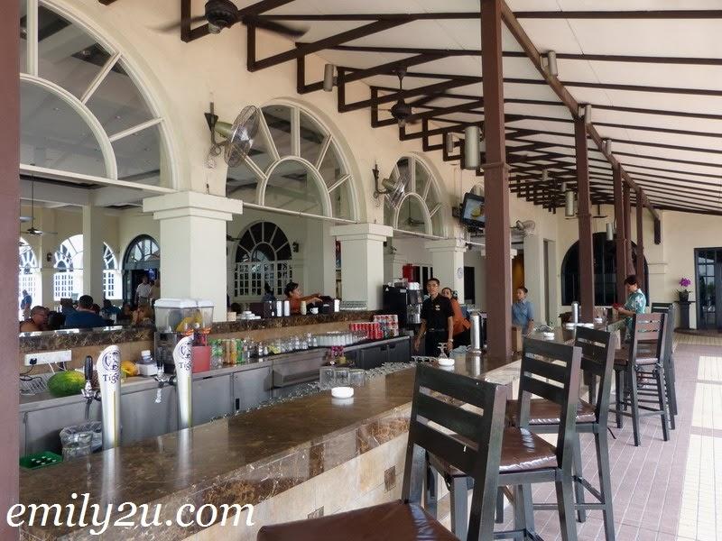 Saloma Theatre Restaurant