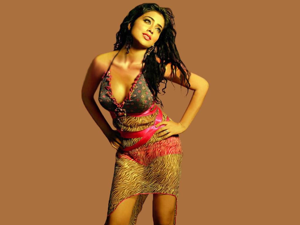 shriya saran very hot ~ flash