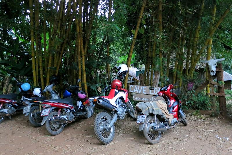Cave Lodge parking lot