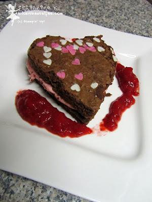 brownie, herzen, erdbeer-buttercreme, valentinstag