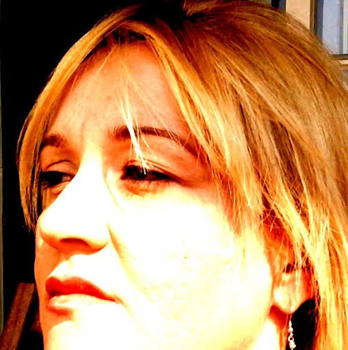 Erica Cortes Photo 15