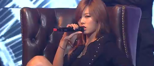 Hyuna featuring Zico - Follow me @ Inkigayo | Live performance