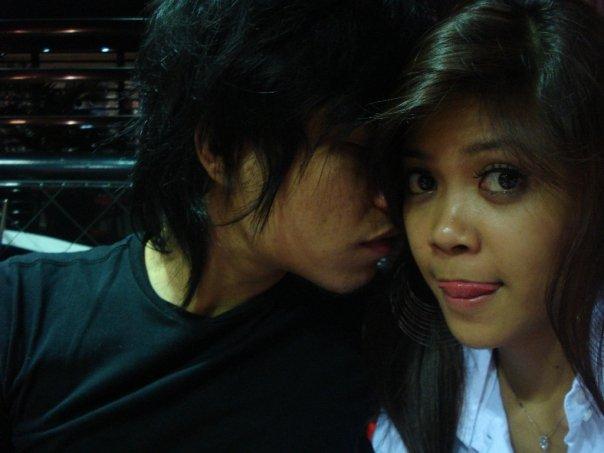 Foto Mesra Rizal dan Pacarnya si Chev