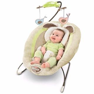 Cột mốc phát triển của trẻ sơ sinh: Tập ngồi
