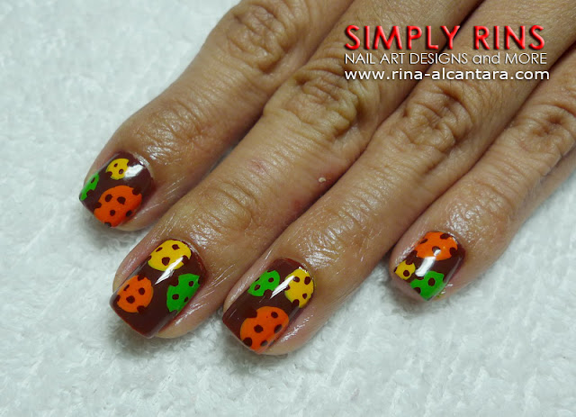 polka dots nail art design 01