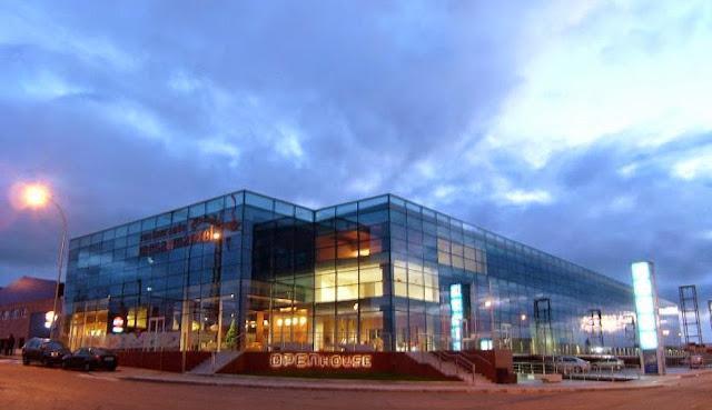 El moderno edificio de OpenHouse en Salamanca