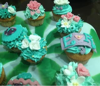 cupcakes decorados elegantes flores