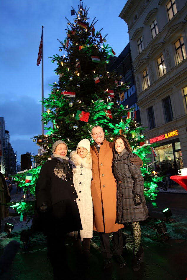 Alexandra Hildebrandt, Catherine v. Fürstenberg-Dussmann, Ambassador Murphy und seine Frau Tammy