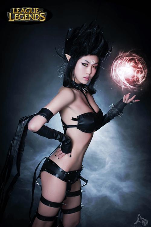 Ngắm cosplay Evelynn Bóng Đêm cực quyến rũ - Ảnh 4