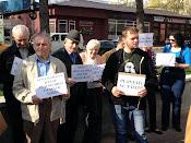 Protest împotriva distrugerii spaţiilor verzi din municipiul Suceava