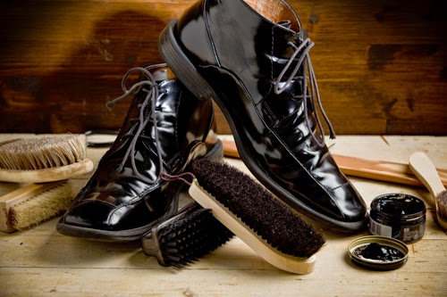 If you need to polish your shoes quickly reach for walnut olive or vegetable oil A banana peel will also work in a hurry