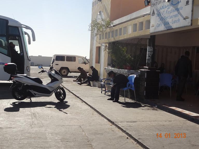 Marrocos e Mauritãnia a Queimar Pneu e Gasolina - Página 5 DSC05830