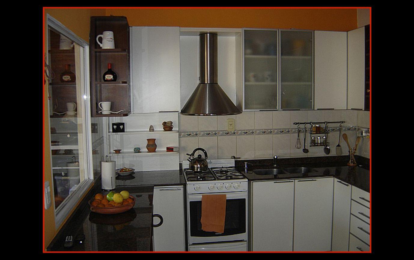 Mueble De Cocina Blanca Y Madera La Carpinteria De Daniel # Muebles De Cocina De Madera