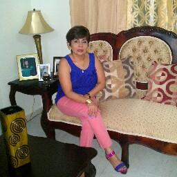 Ana Luzon Photo 4
