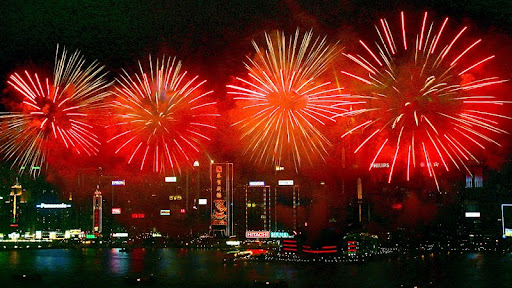 Fireworks over Victoria Harbour, Hong Kong, China.jpg