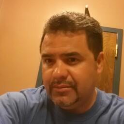 Oscar Veloz