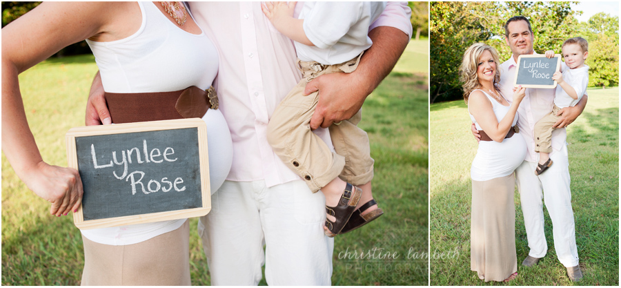 Maternity photos - name on chalkboard
