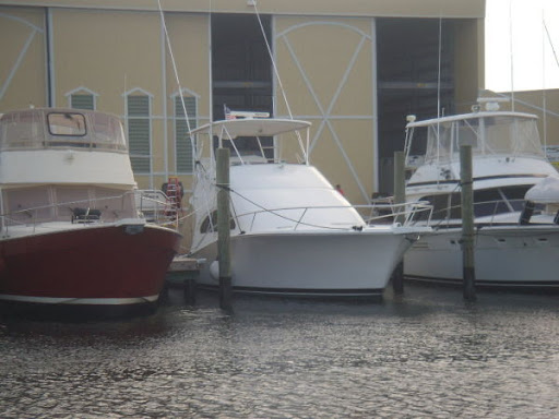 Cheryll Ann, 2006 Sea Ray 520 Sedan Bridge Tampa, FL
