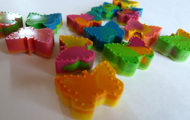 crayons+5 Butterfly Up-Cycled Crayons {Kid Craft} 11