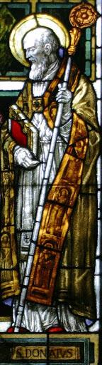 Particolare della vetrata del Duomo di San Donà di Piave