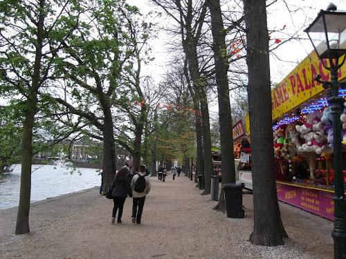 L'Aja. Lange Vijverberg. Luna Park