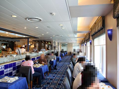 太平洋フェリー「いしかり」 6デッキ レストラン「サントリーニ」室内