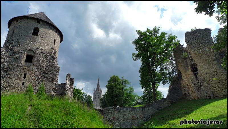 Parque del castillo de Cesis