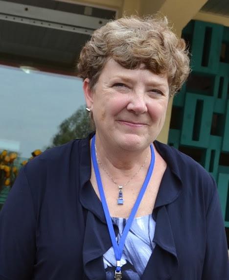 Bà Deborah Day - Trưởng phòng Phát triển và quy hoạch Thành phố  Victoria, Canada