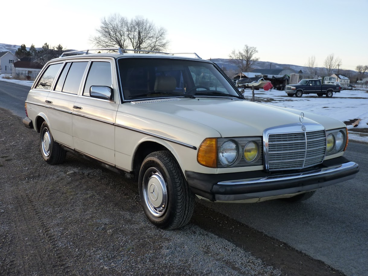 For sale 1982 mercedes 300td turbodiesel wagon mercedes for Mercedes benz cl 300 for sale