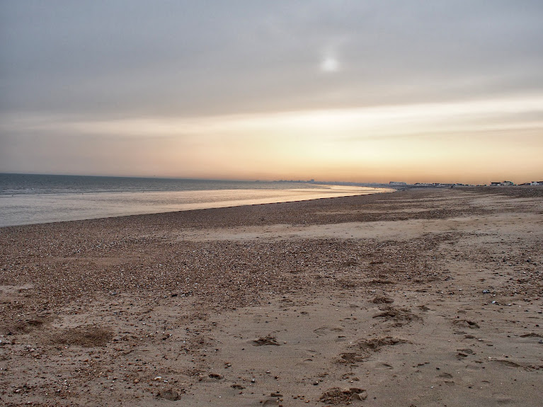 shoreham beach sandy sunset