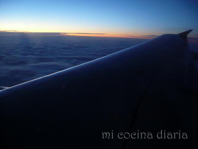 Al alba en el cielo (Восход в небе)