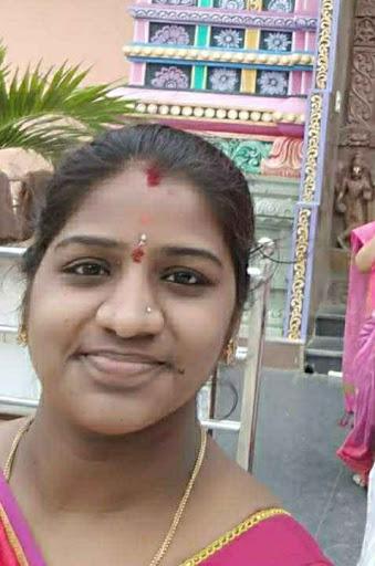 Gayatri M's image