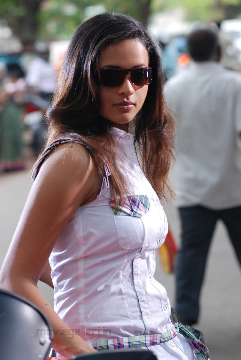 Bhavana Latest Hot Photos At Atm Telugu Movie New Movie Posters
