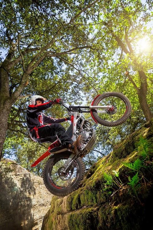 Nueva Montesa Cota 4rt Trial-excursión 2015 Cota2015STD_a002
