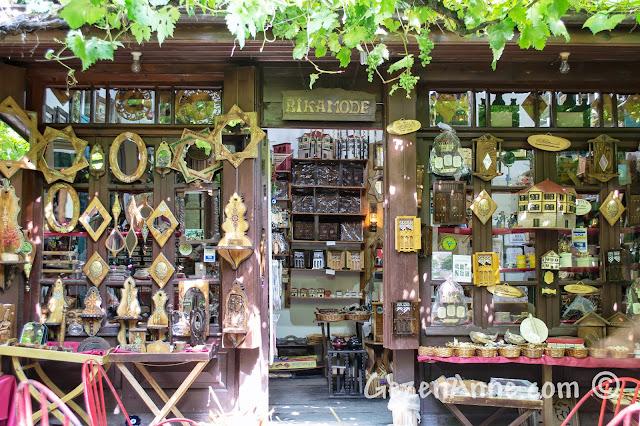 Safranbolu, Arasta meydanındaki hediyelik eşya dükkanı